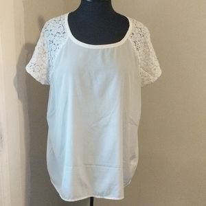 Old Navy XL White Short Laced Sleeve Blouse